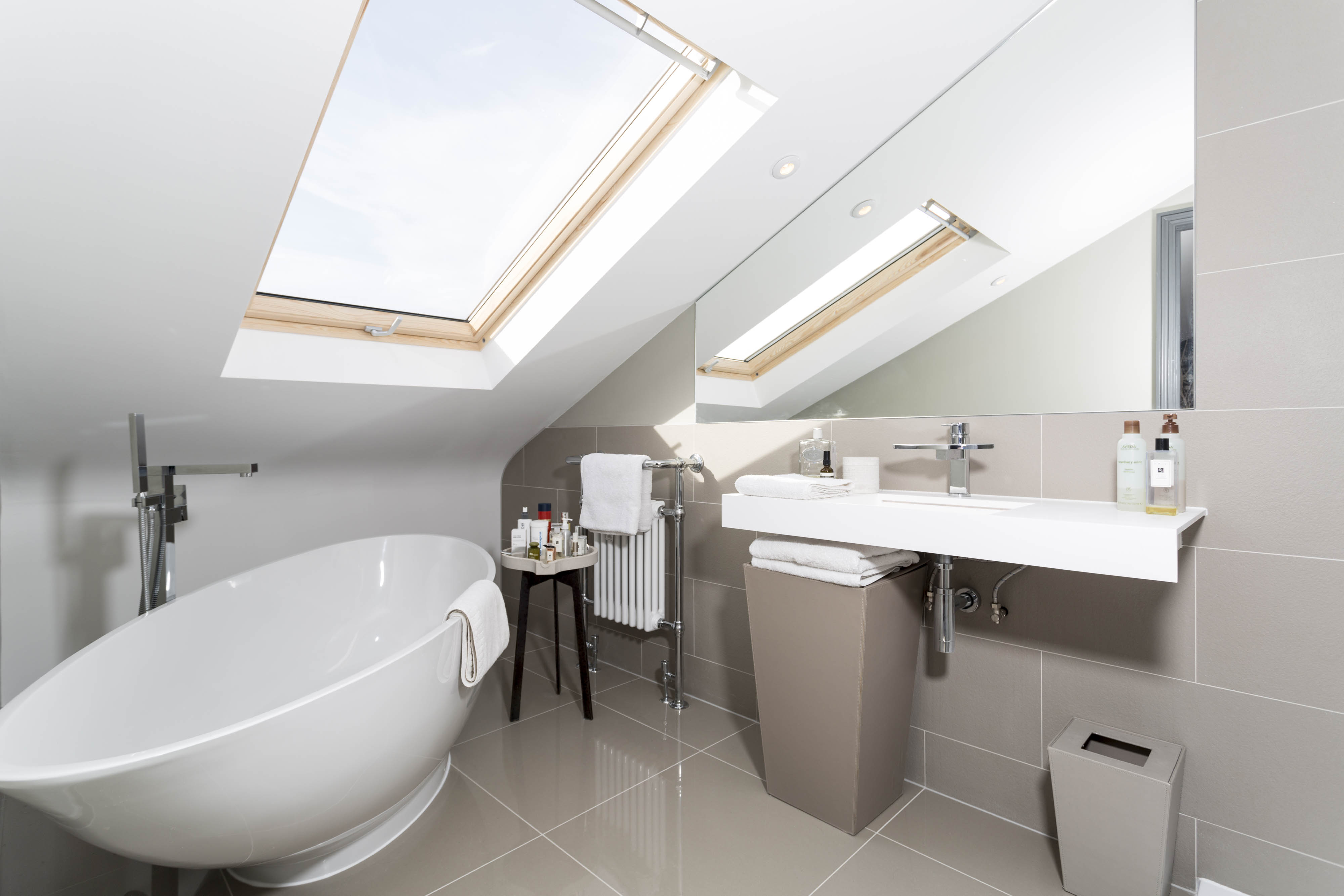 loft conversion bathroom ideas - Making the most of a small bathroom in a Loft